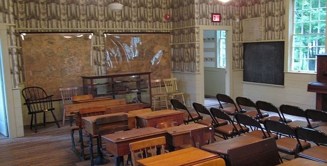 fisher-house-class-room